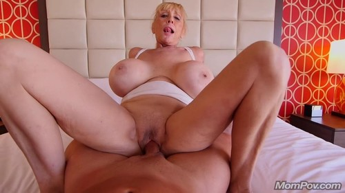 Shelly - Blonde Cougar With Gigantic Tits [HD/720p]