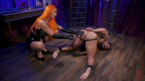 Draven and The Duchess Aspen Brooks punishes horny beefcake slave