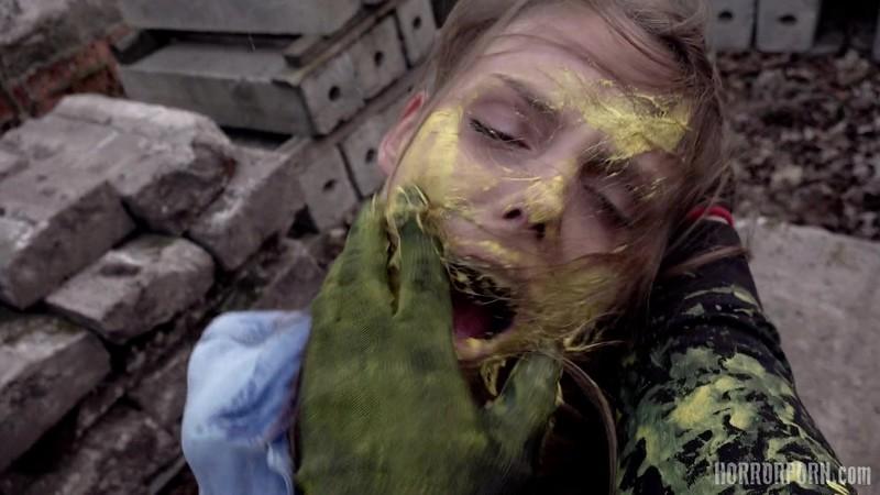 Masked Psycho - HorrorPorn and FREYA DEE, SANDY SUN, SANDRA SOUL 1080p