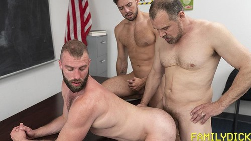 Skipping Class - Shane Jackson, Max Sargent, Donny Argento (Bareback)
