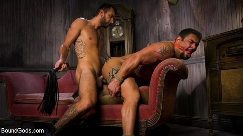 Captured Criminal: Hard Working Stud Gags & Punishes Wanted Thief - Draven Navarro, Brian Adams