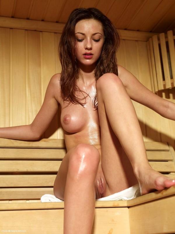 Anna S - Sauna