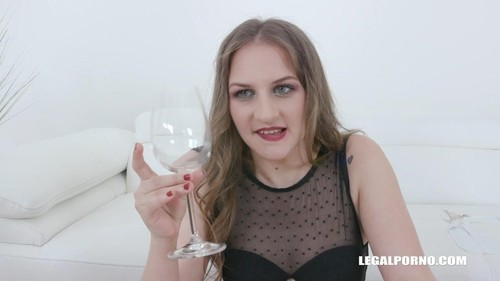 Bella Manning Drinks African Champagne Iv411 [HD]