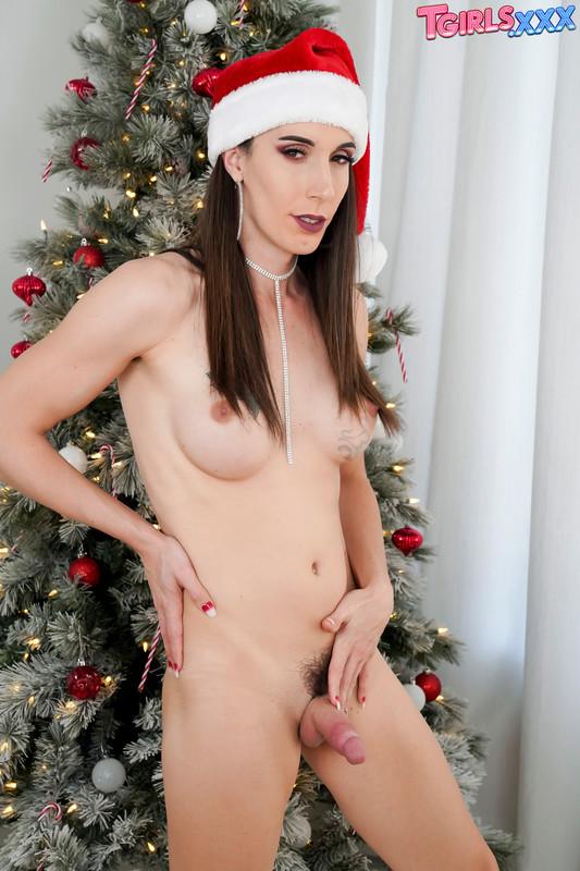 Xmas Special: Melanie Brooks Cums Hard! (24 December 2019)