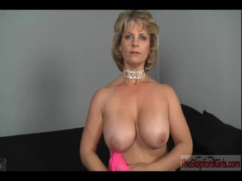 Hypno session with a milf in a pink bodysuit