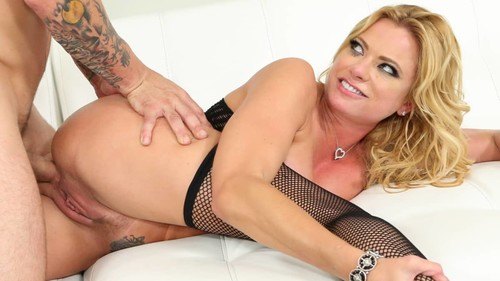 Squirting Milf Sex Featuring Briana Banks [HD]