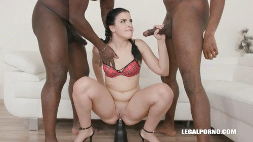 Kizzy Six, Joachim Kessef, Darnell Black - Kizzy Six Is Back To Have 2 Black Cocks Iv428 (2020/HD)
