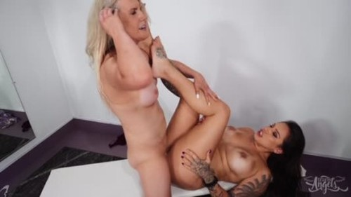 Kayleigh Coxx - Time For A Change - Shemale, Ladyboy Porn Video