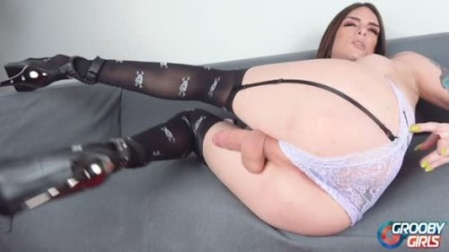 Chelsea Marie Strokes Her Big Dick - Shemale, Ladyboy Porn Video