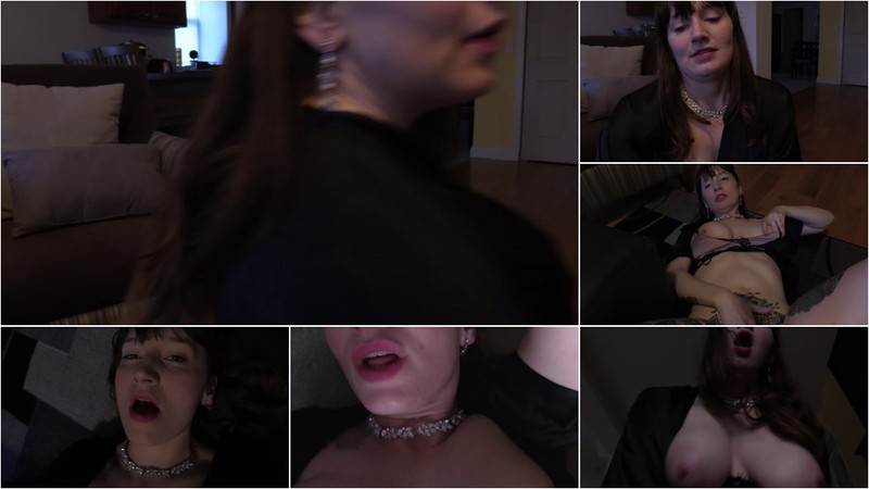 Bettie Bondage - Home for the Holidays with Mom [FullHD 1080P]