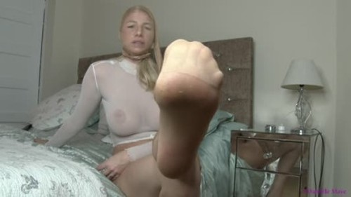 Danielle Maye Nylon Encasement And Pissing Domination - Extreme Pissing Video