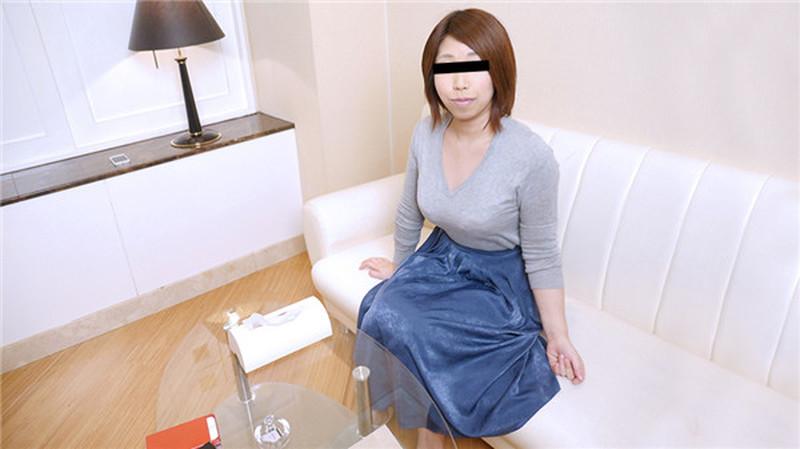 10musume 020620_01 天然むすめ 020620_01 OLのお姉さんがはじめてのごっくんに挑戦! 朝岡すみれ