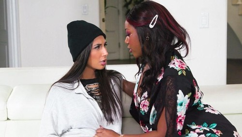 Chanell Heart, Gianna Dior - A Thing For Bad Girls [SD/544p]