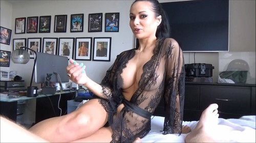Crystal Rush - Big Breasted Mom Needs Attention (FullHD)