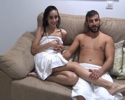 PepePorn|Pareja de celosos - Cumpliendo fantasias, Laura y Victor nos invitan a grabar porno en su casa. Nuevo Teleporno [20-02-2020]