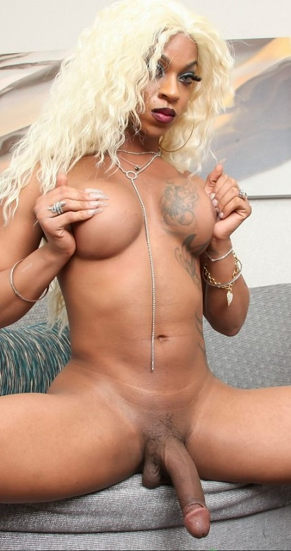 Salina Samone Big Cocked Blonde! (20 February 2020)