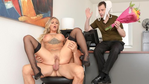 Sissy Husband Watches As His Wife Gets Cock For Lunch [FullHD]