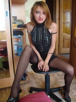 Young-Russian-Housewife-171qo1db0t.jpg