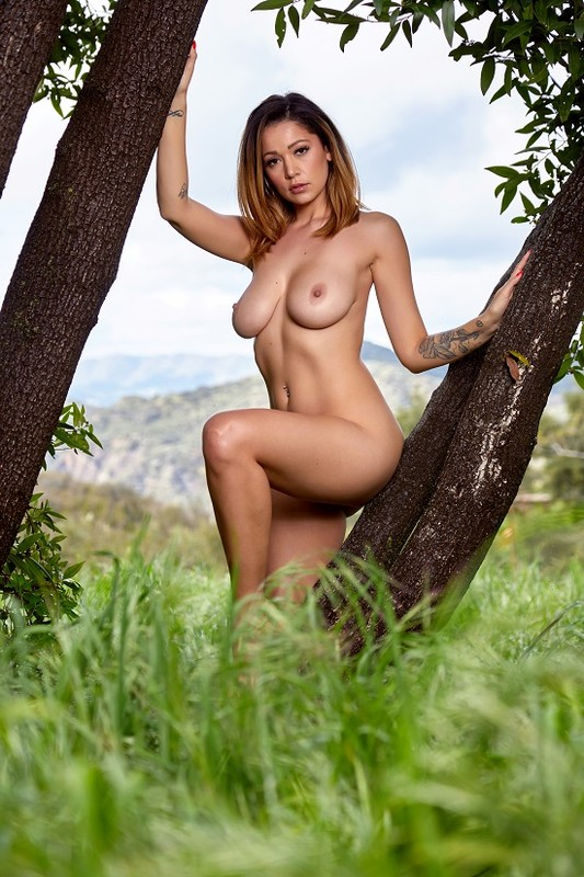 Ali Rose - Beauty In Nature (03-03-2020)