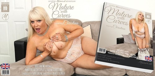 Christina - Curvy Big Breasted Mature Christina Loves To Play With Herself (SD)